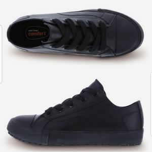 Safe T step SLIP-RESISTANT shoes